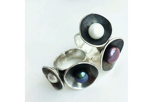 Silver ring with handmade pearls